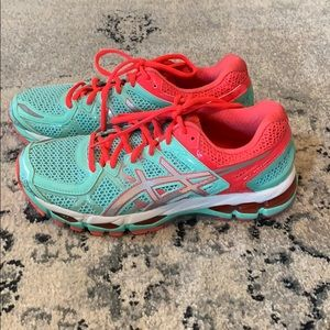 Women's ASICS gel kayano 21